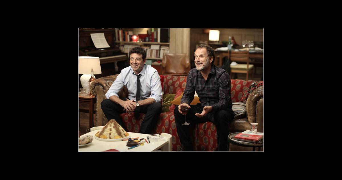 la bande annonce du film le pr nom avec charles berling et patrick bruel. Black Bedroom Furniture Sets. Home Design Ideas