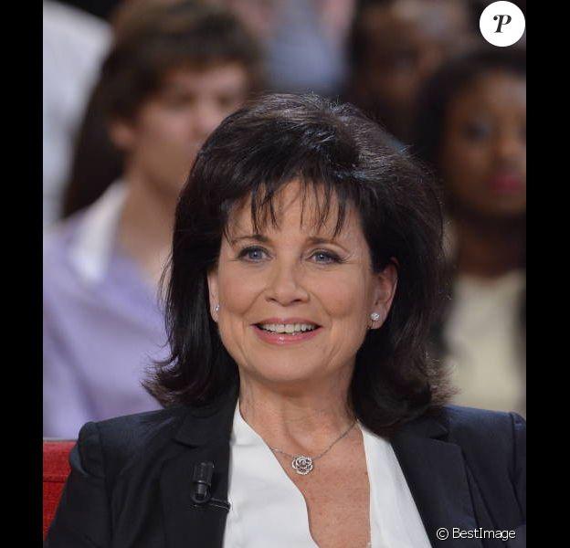 Anne Sinclair en mars 2012 dans Vivement Dimanche