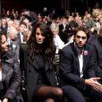 La superbe Jade Foret et sa maman au premier rang de l'assemblée générale des actionnaires de Lagardère, à Paris, le 3 mai 2012.