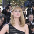 Frédérique Bel sur le tapis rouge de l'ouverture du festival de Cannes 2012 le 16 mai