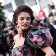 Le mannequin Bianca Balti à l'entrée du Palais des Festivals pour la projection du film Lawless. Cannes, le 19 mai 2012.