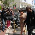 Kim Kardashian et Kanye West vont s'acheter une glace, à Cannes le 23 mai 2012