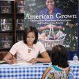 Michelle Obama dans une librairie de Washington, le 12 juin 2012.