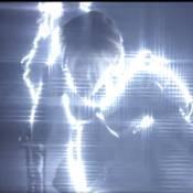 Gala : Le clip 'Lose Yourself In Me', son retour brillant... voire aveuglant !