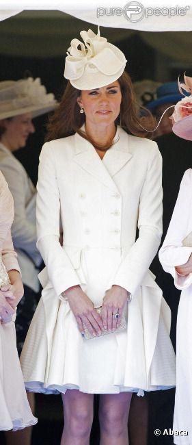 Kate Middleton, sublime, lors de la cérémonie de l'Ordre de la Jarretière au château Windsor, à Londres, le 18 juin 2012