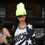 Rihanna, heureuse, présente sa nouvelle obsession capillaire