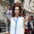 Lana Del Rey quitte son hôtel à Londres le 24 juin 2012