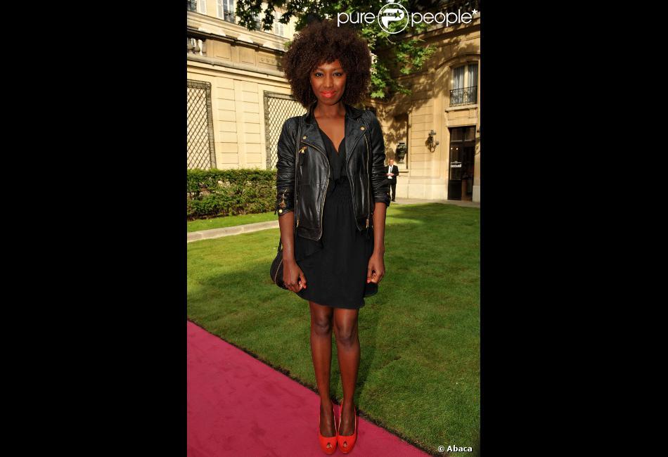 Inna Modja lors du défilé de mode haute couture Zahia automne-hiver  2012-2013 le 2 juillet 2012 à l hôtel Salomon de Rothschild à Paris 95630b2743f