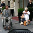 La comédienne Mimie Mathy et Philippe Caroit sur le tournage de Joséphine, Ange gardien, à Paris, le 19 juin 2012