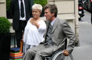 Mimie Mathy, ange gardien du séduisant Philippe Caroit, handicapé