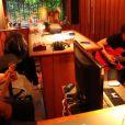 Florent Mothe, espionné par Nikos Aliagas, a dévoilé le 13 juillet 2012 de premières images en studio de son travail sur son premier album.