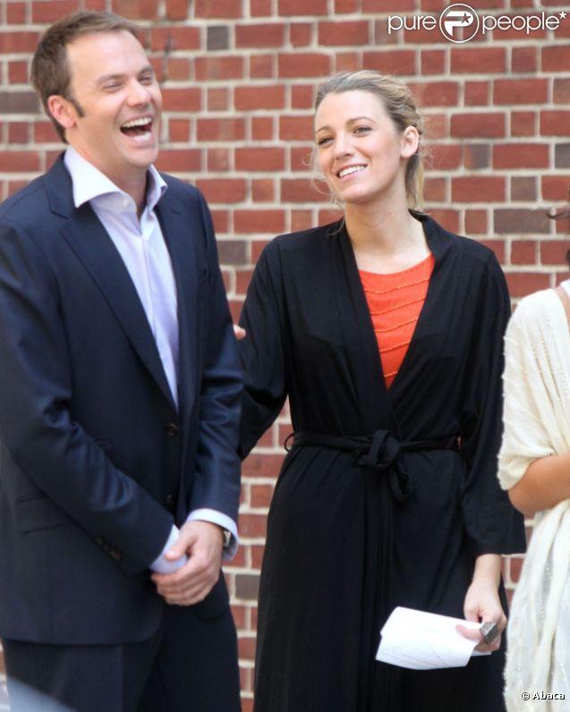 Blake Lively et Barry Watson dans les rues de New York sur le tournage de Gossip Girl. Le 17 juillet 2012