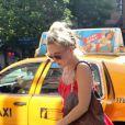 Kate Hudson et Matthew Bellamy surpris à la sortie d'un taxi à New York le 17 juillet 2012