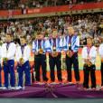 Les tricolores avaient les mâchoires serrés lors de la remise des médailles le 2 août 2012 à l'issue de la vitesse par équipe