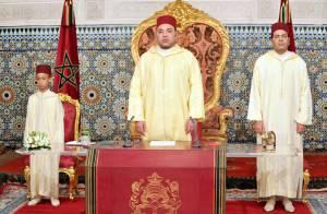 Le prince Moulay Hassan, 9 ans, avec Mohammed VI pour les 13 ans de son règne