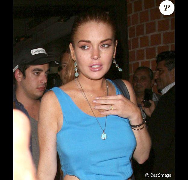 Lindsay Lohan va dîner avec un ami à Beverly Hills le 23 juillet 2012 hez Mr Chow