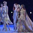 Kate Moss, Stella Tennant, Naomi Campbell, Lily Cole, Lily Donaldson, Karen Elson, Jourdan Dunn et Georgia May Jagger ont défilé pour la cérémonie de clôture des JO de Londres