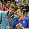 Christophe Lemaitre et Renaud Lavillenie ont assisté au sacre des handballeurs. Champions olympiques pour la seconde fois consécutive le 12 août 2012 à Londres, les Experts du hand français avaient derrière eux un public en or.