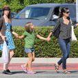 Courteney Cox passe la journée avec sa fille Coco à Brentwood à Los Angeles, le 4 septembre 2012