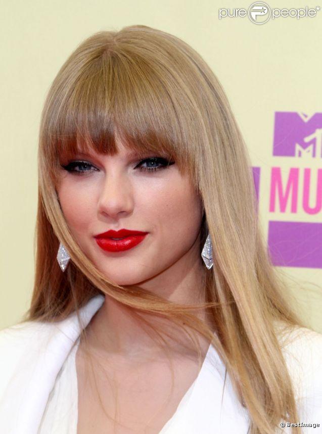 Taylor Swift, très en beauté lors des MTV Video Music Awards 2012. Los Angeles, le 6 septembre 2012.