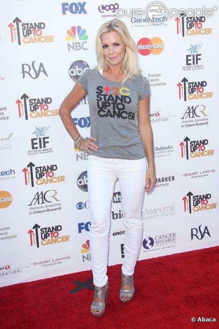 Jennie Garth lors de la soirée caritative 'Stand up to Cancer', le 7 septembre 2012 à Los Angeles