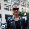 Jessica Alba arrive aux studios Skylight SoHo pour assister au défilé printemps-été 2013 de Ralph Lauren. New York, le 13 septembre 2012.