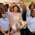 La reine Silvia a rencontré des étudiants du projet Skanska USA supervisé par la Mentor Foundation USA, à Washington le 20 septembre 2012.