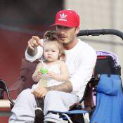 David Beckham : Harper sur les genoux et ses fils sur le terrain, il savoure