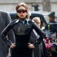 Lady Gaga sur les Champs-Élysées à Paris, le 23 septembre 2012.