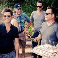Les acteurs de la sitcom  La fête à la maison  à Los Angeles, en septembre 2012.