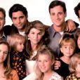 Les acteurs principaux de la série  La fête à la maison  en 1987.