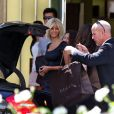 Zahia en pleine séance de shopping dans les beaux quartiers de Los Angeles, à Beverly Hills, le jeudi 20 septembre 2012