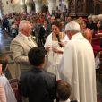 Thierry Olive et Annie, solennels, lors de leur mariage religieux en l'église de Gavray, le 14 septembre 2012