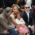 Jennifer Lopez et sa fille Emme admirent le défilé Chanel à Paris le 2 octobre 2012