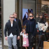 Jennifer Lopez : Shopping en famille dans les rues de Paris