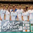 Jérémy Clément, CLaire Keim, Ludovic Giuly, Bixente Lizarazu et Pascal Obispo lors du Foot-Concert qui se déroulait à Lyon le 13 octobre 2012 au profit de l'association Huntington Avenir