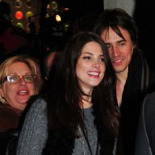 Ashley Greene et Reeve Carney à New York en novembre 2011.