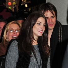 Ashley Greene avec son ex-compagnon à New York en novembre 2011.