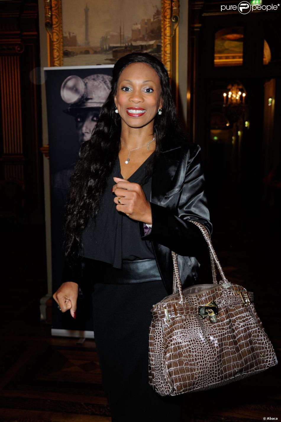 Laura Flessel lors du neuvième gala Un Maillot pour la Vieà l'Hôtel de Ville de Paris le 24 octobre 2012