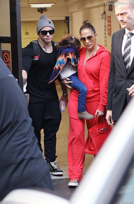 Jennifer Lopez, Casper Smart et Emme à Londres le 24 octobre 2012.