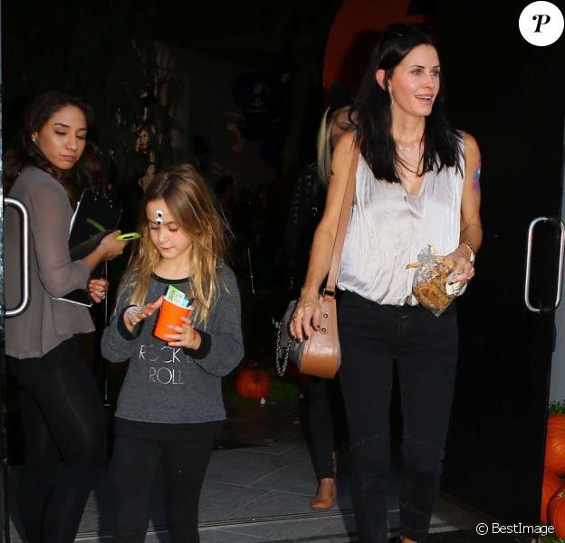 Courteney Cox et sa fille Coco à Los Angeles le 27 octobre 2012.