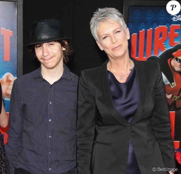 Jamie Lee Curtis et son fils Thomas à la première de Wreck-it Ralph (Les Mondes de Ralph) le 29 octobre 2012 à Los Angeles.