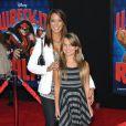Eva LaRue et sa fille Kaya à la première de Wreck-it Ralph (Les Mondes de Ralph) le 29 octobre 2012 à Los Angeles.