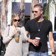 Exclusif - Chad Michael Murray et sa petite amie Kenzie Dalton se promènent tranquillement à Studio City, le 6 novembre 2012.