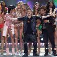 Rihanna, Justin Bieber et Bruno Mars reçoivent une standing ovation à l'issue du défilé Victoria's Secret. New York, le 7 Novembre 2012.