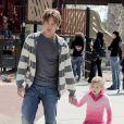 Larry Birkhead et DannieLynn, la fillette qu'il a eue avec Anna Nicole Smith, à Los Angeles, le 13 mars 2010.