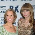 Kerry Kennedy et Taylor Swift à la soirée des Ripple of Hope Awards, le 3 décembre 2012 à New York.