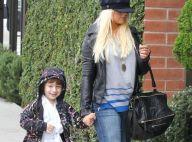 Christina Aguilera se cache et son fils Max joue les stars