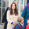 Liv Tyler, belle même sans maquillage, et son fils Milo dans les rues de New York, le 14 décembre 2012.
