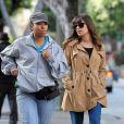 Lea Michele tourne un épisode de sa série Glee, dans les rues d'Hollywood, le 18 decembre 2012.